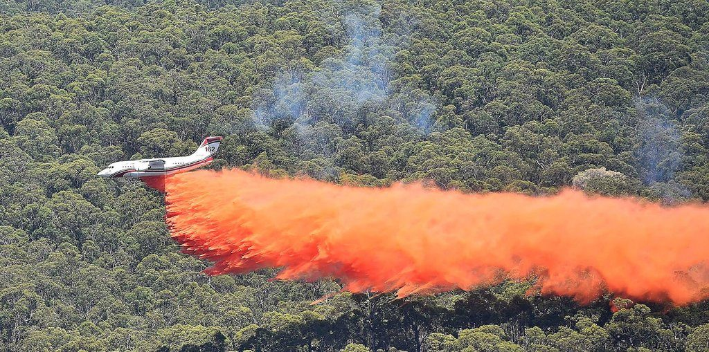 1024-tanker-162-australia-2015-cfa-country-fire-authority