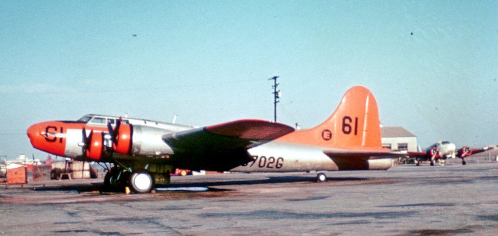 1024-b-17-n-702g-long-beach-sep-68-rjf